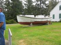 Life Saving boat - self righting
