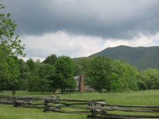 storm coming at Cades Cove...