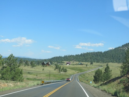 driving to FS 631 -- it was very pretty country, sprinkled with rustic homes