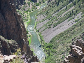 looking down at the river from Pulpit Rock overlook