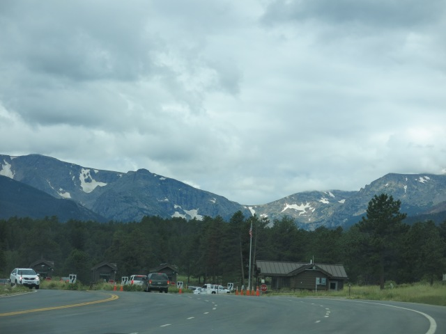 Beaver Meadows entrance station - snowfields in mountains