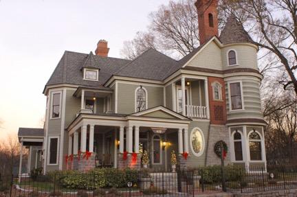 restored Victorian Mansion in Grant Park