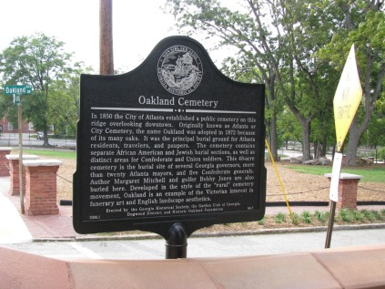 historical marker for Oakland Cemetery
